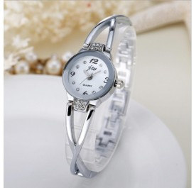 OSUKI Elegant Ladies Crystal Watch (Silver)